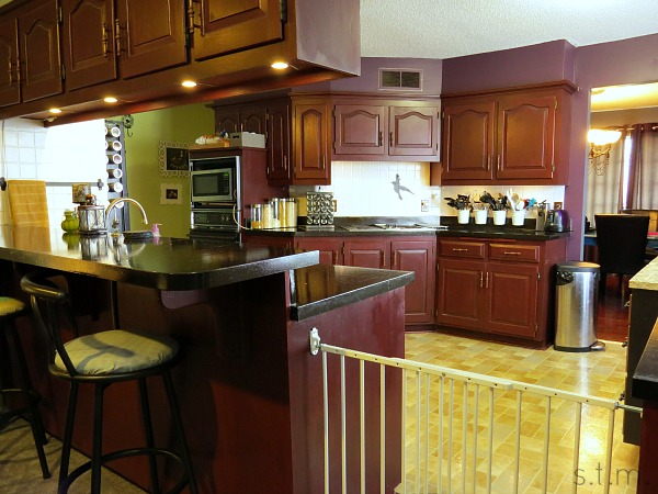 a real mom's kitchen - cassie